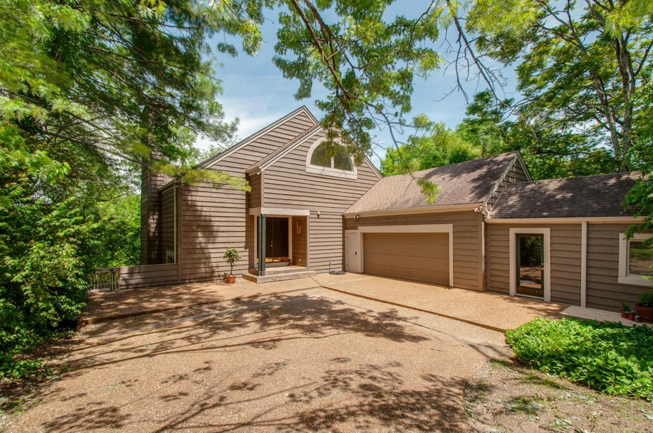 1222 Cliftee Dr - Photo 1
