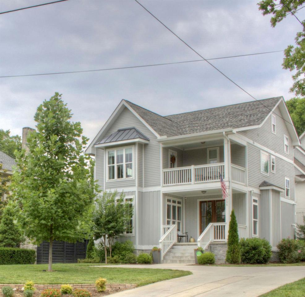 920 Kirkwood Ave - Photo 1