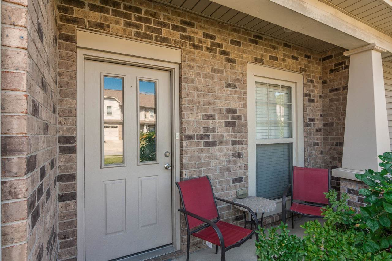 413 Tapestry Pl - Photo 1