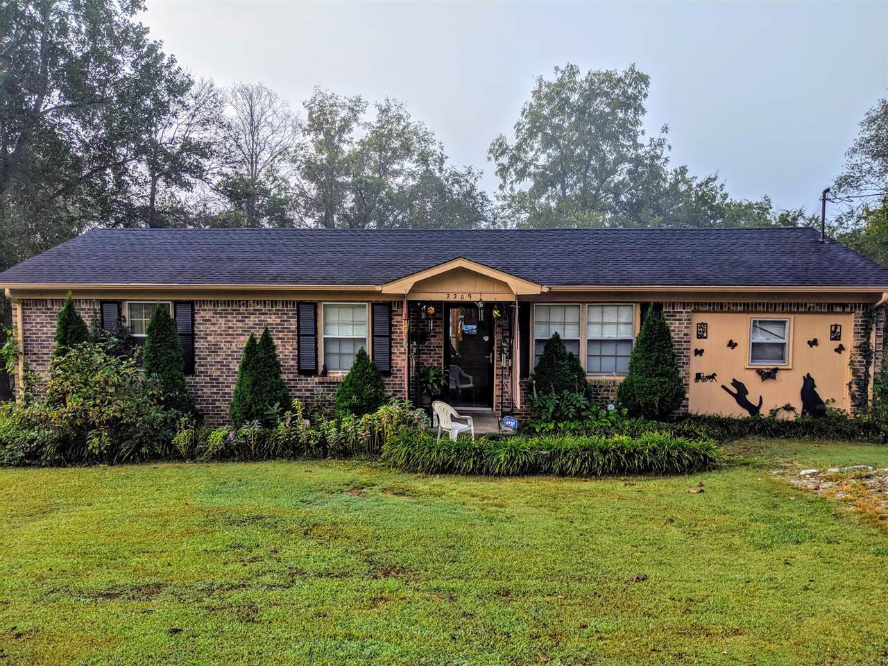 2209 Trotwood Dr - Photo 1