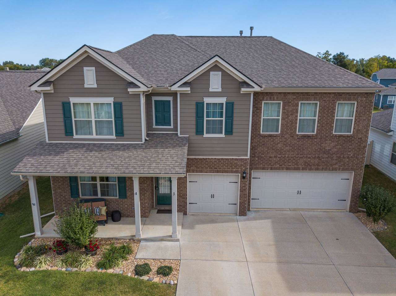 6419 Birchtree Dr - Photo 1