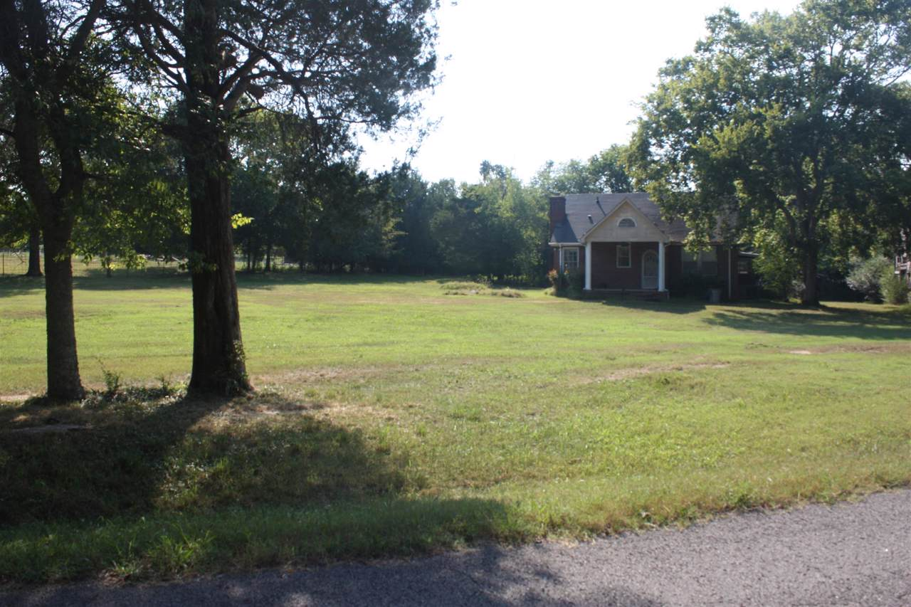 1755 Bakers Grove Rd - Photo 1