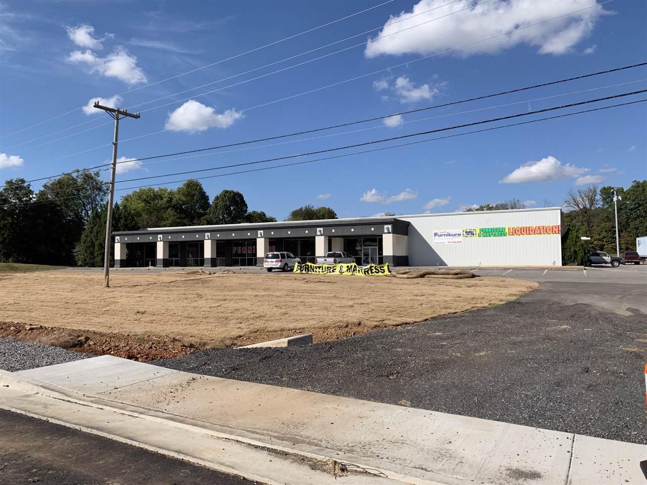 327 Warfield Blvd - Photo 1