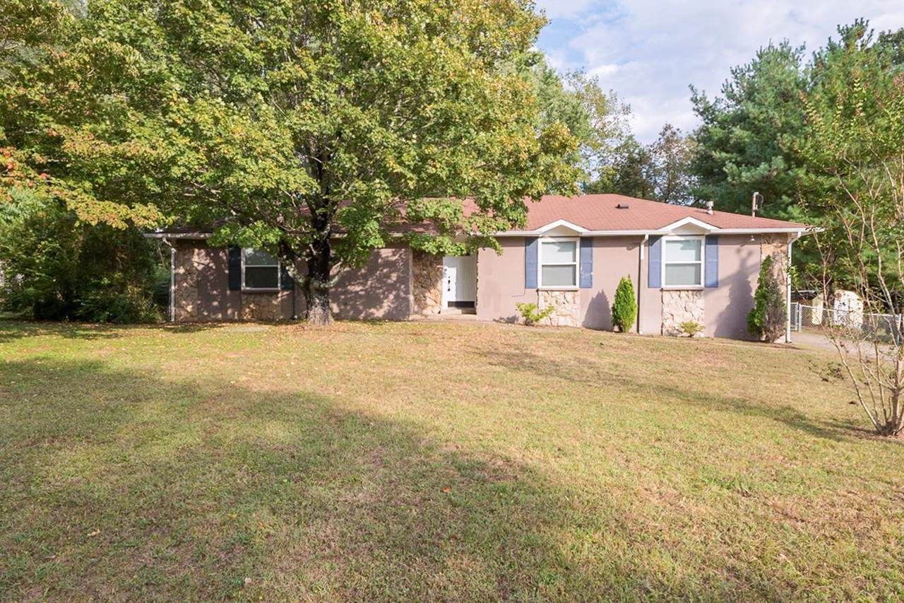 312 Pioneer Dr - Photo 1