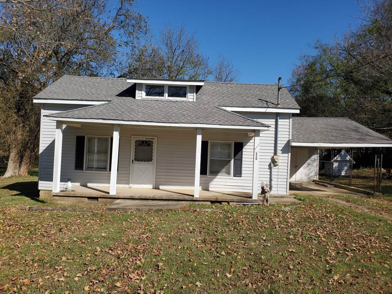 210 Old Rover Rd - Photo 1