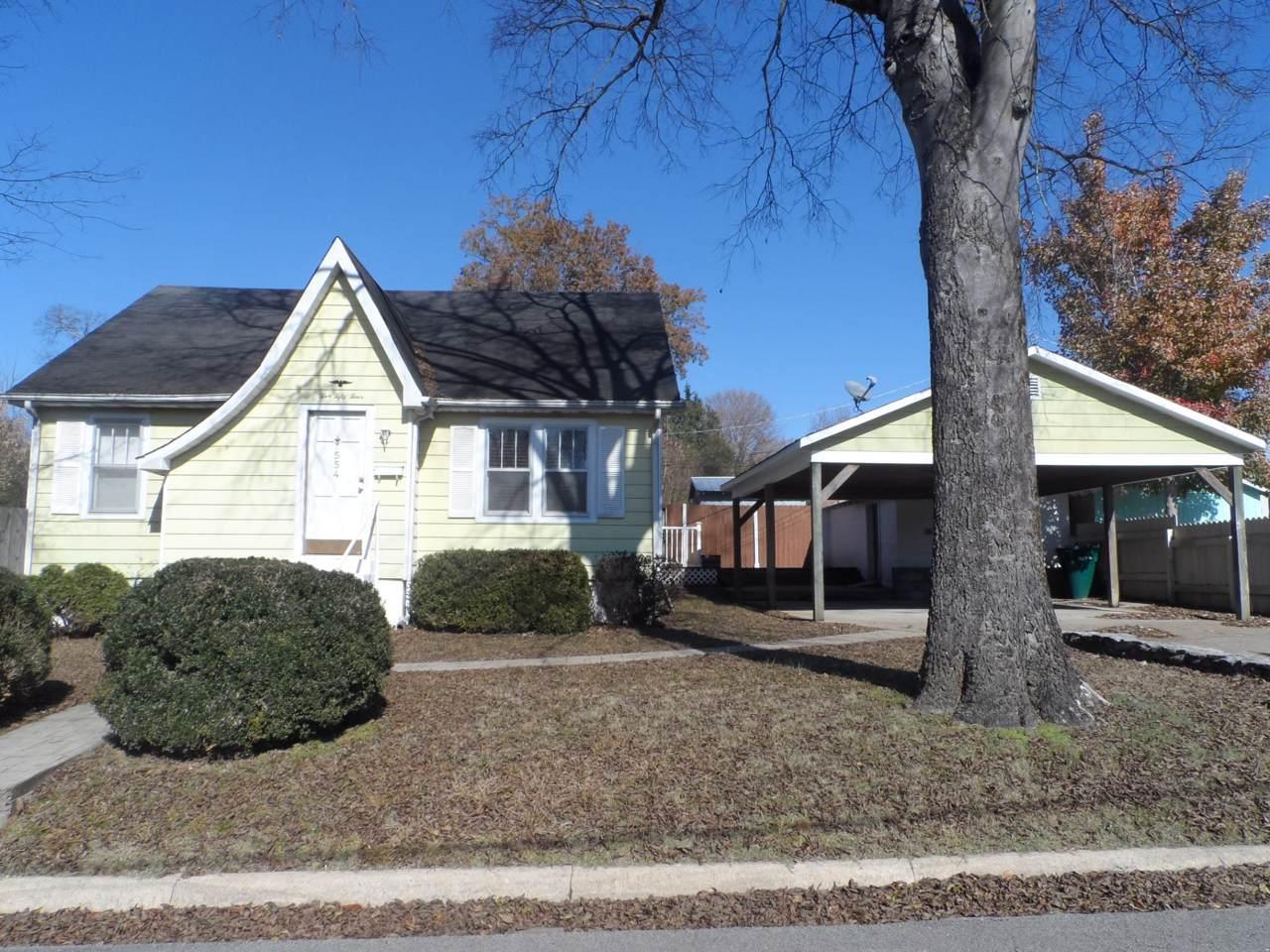 554 Highland Ave - Photo 1