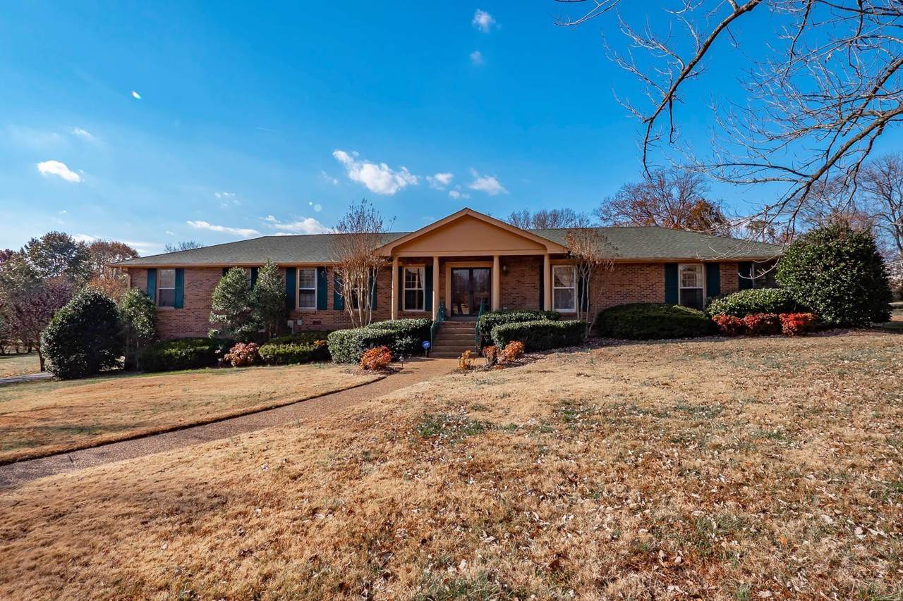 112 Countrywood Dr - Photo 1