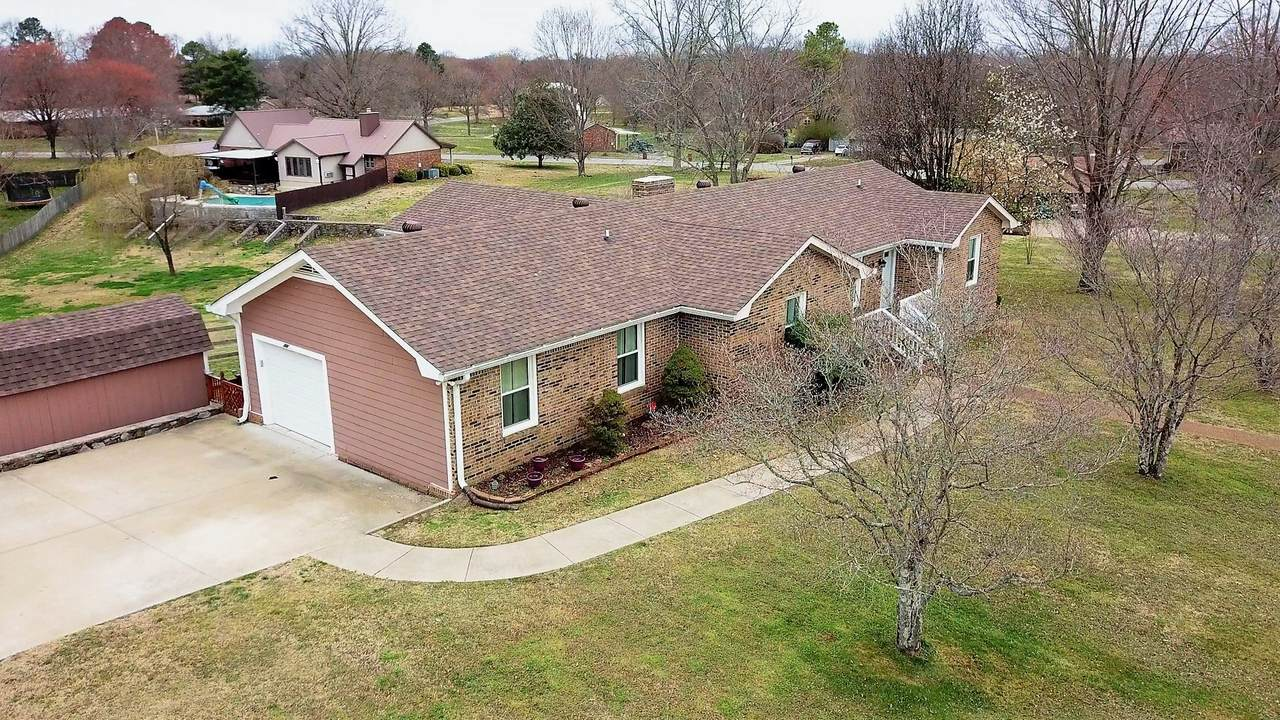 301 Holly Hills Dr - Photo 1