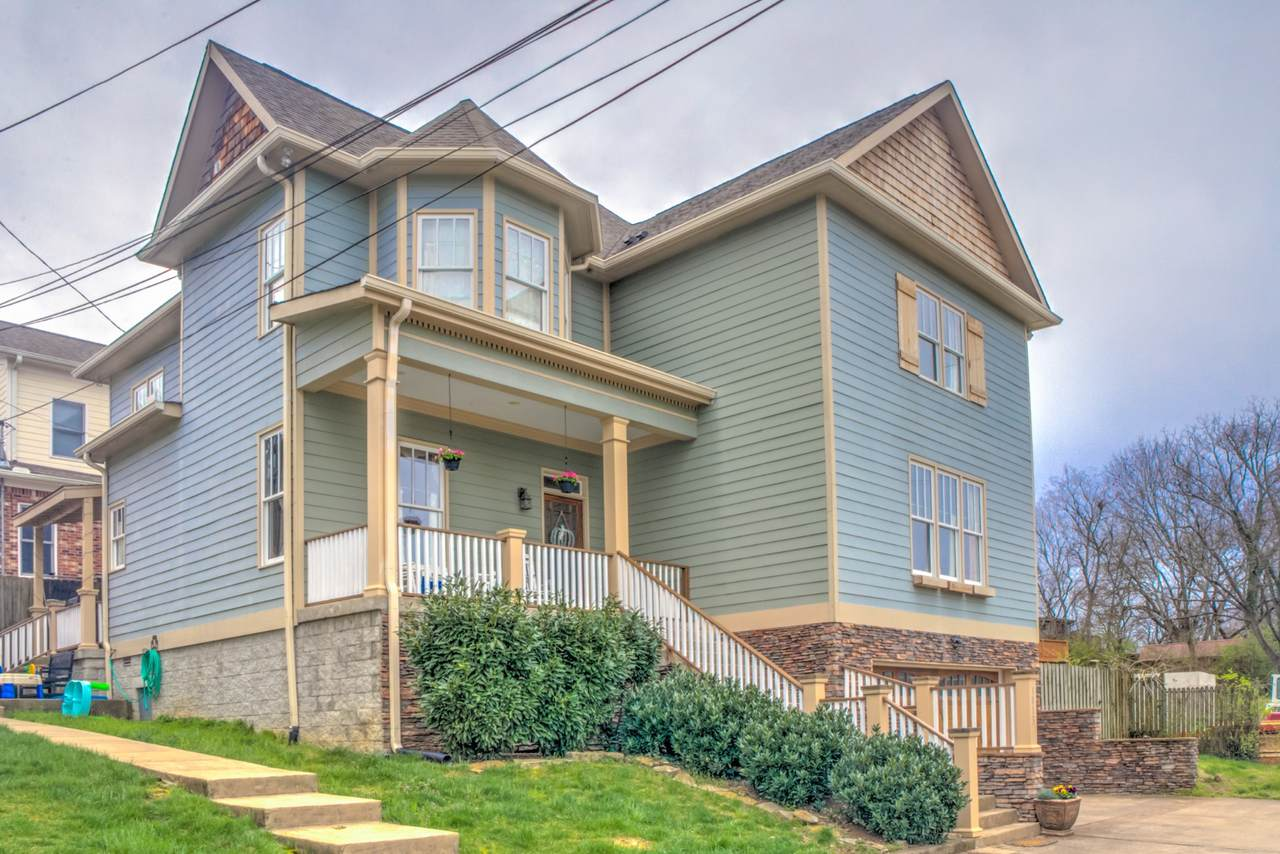 1813 Rosewood Ave. - Photo 1