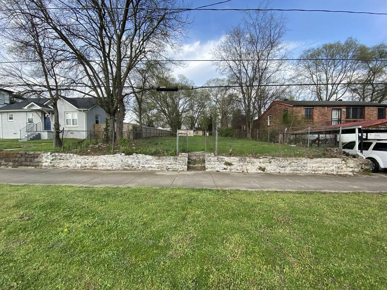 1712 Arthur Ave - Photo 1
