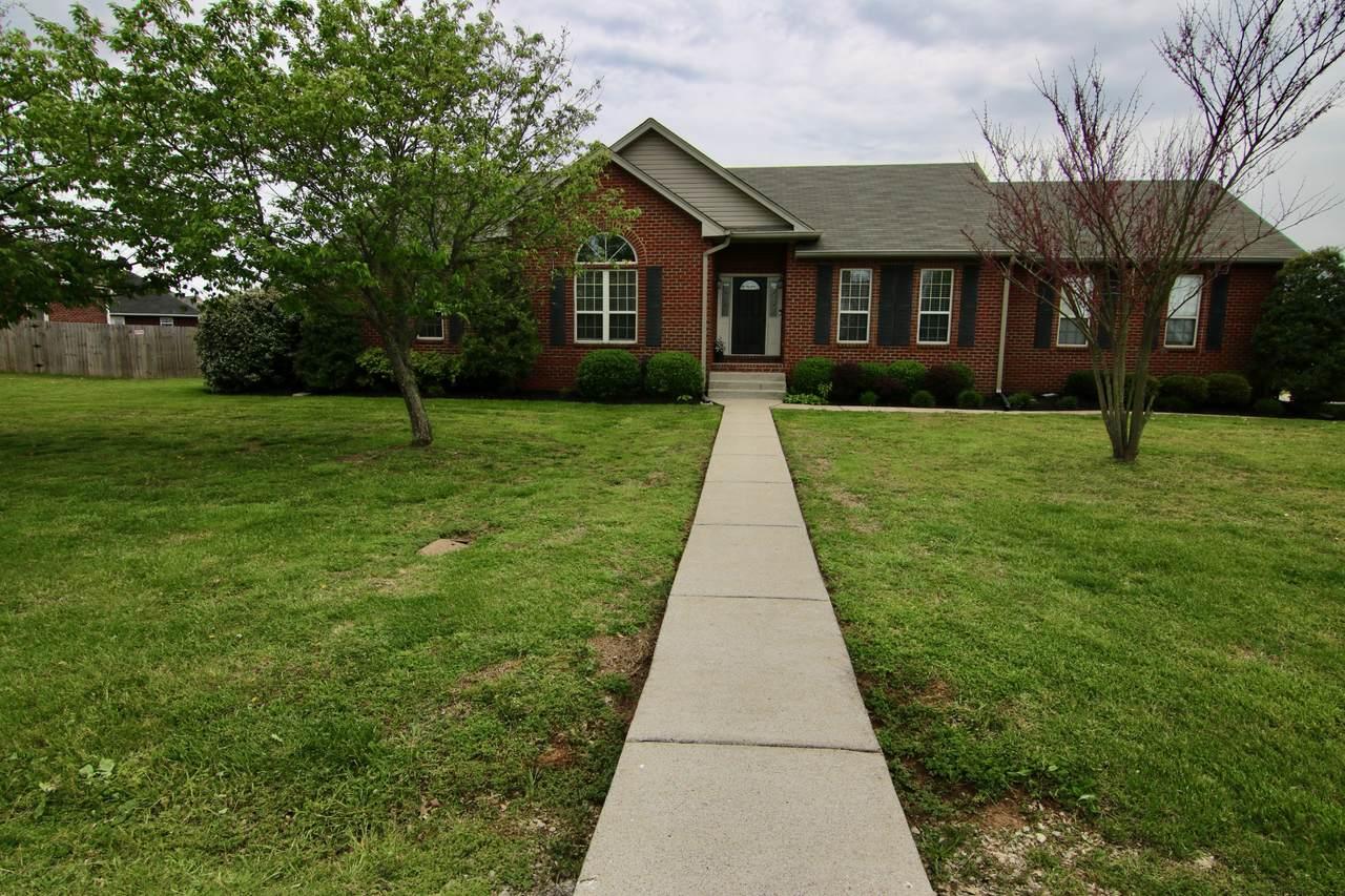 1730 Hollow Oak Dr - Photo 1
