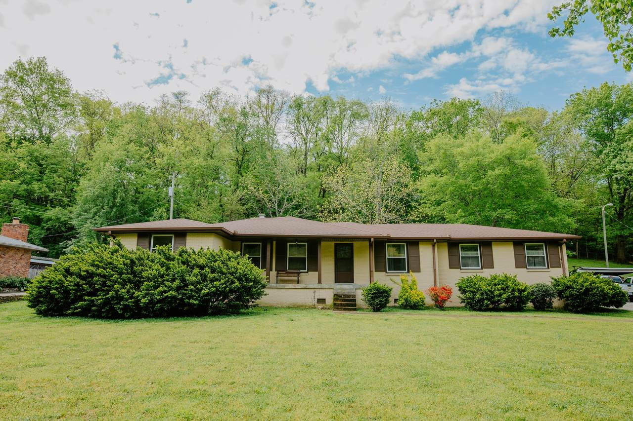 2723 Windemere Dr - Photo 1