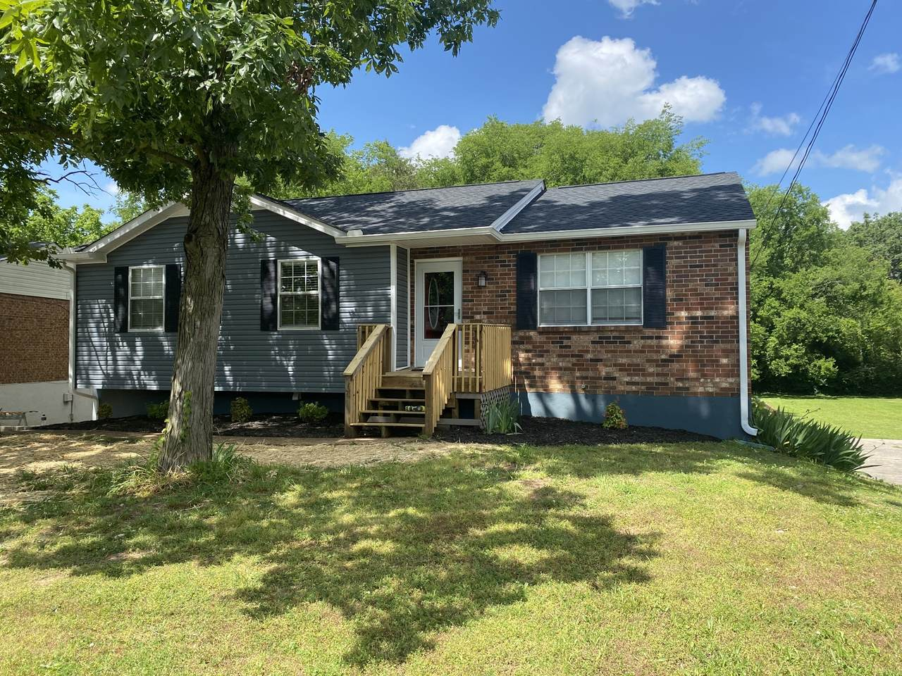3232 New Towne Rd - Photo 1