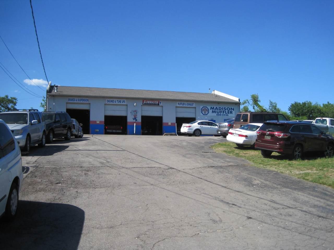 529 E Old Hickory Blvd - Photo 1