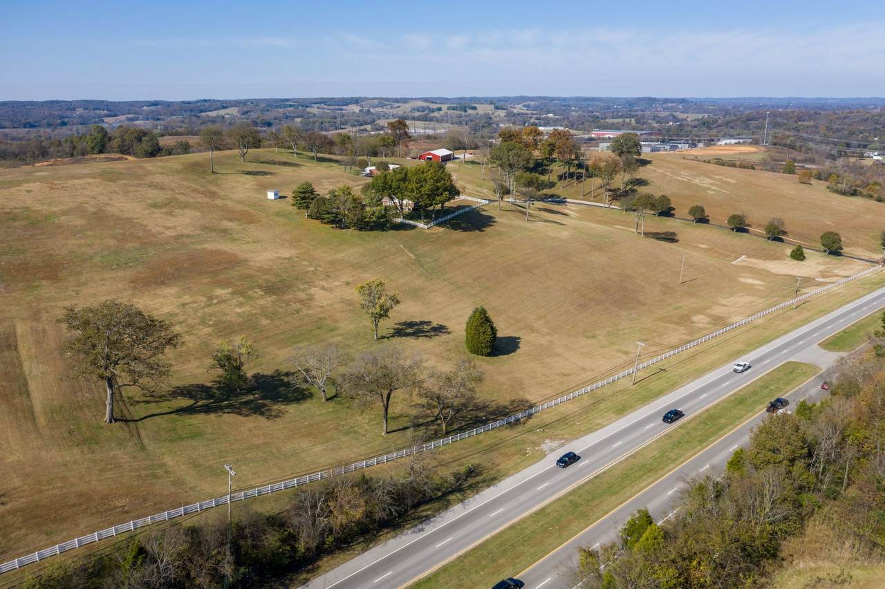 1731 Nashville Hwy - Photo 1