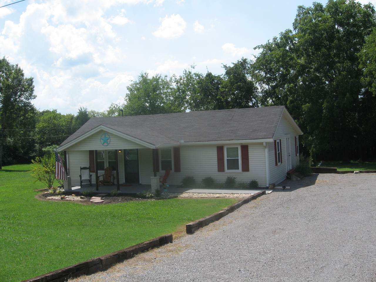 87 Benders Ferry Rd - Photo 1