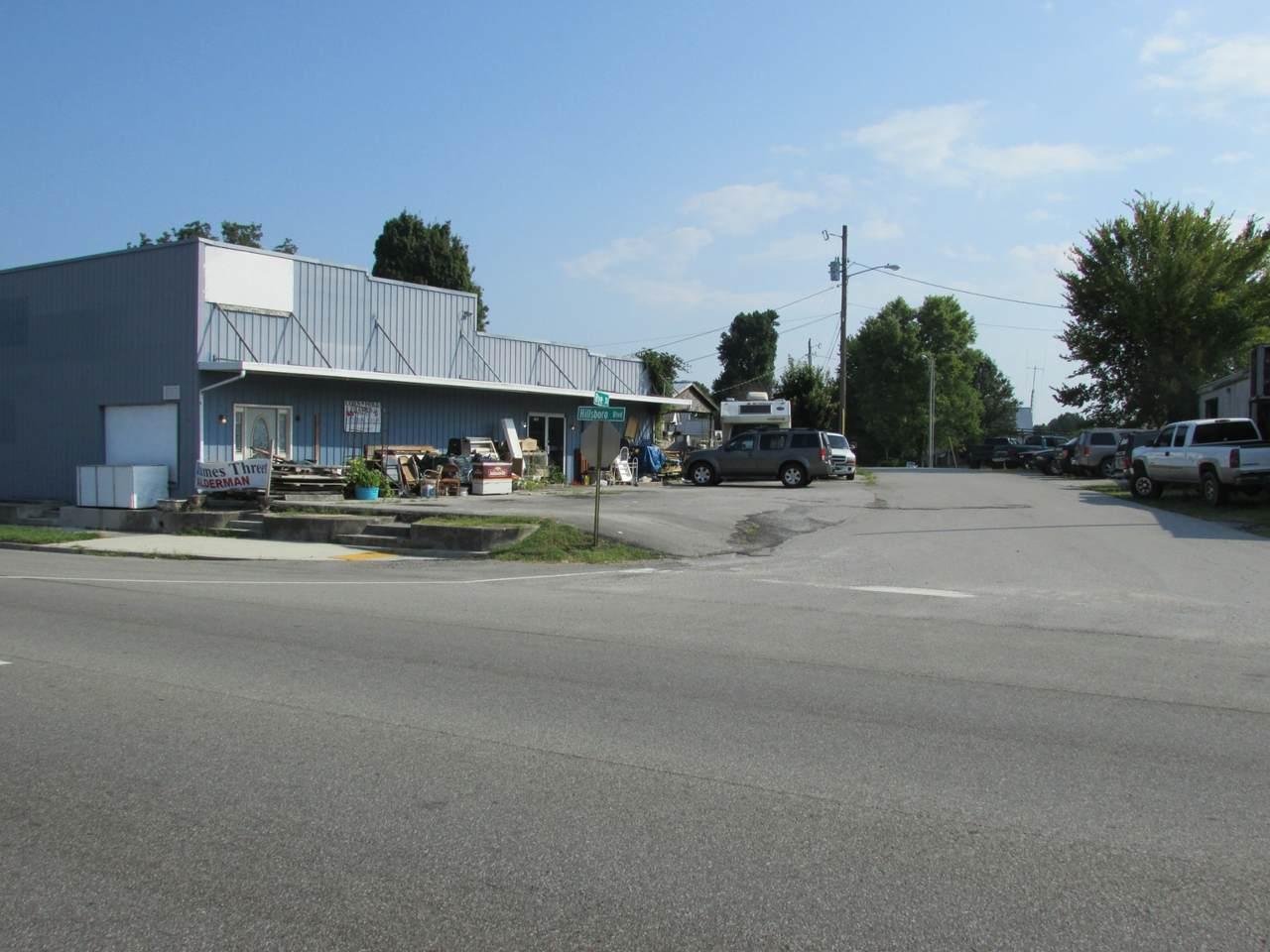 817 Hillsboro Blvd - Photo 1