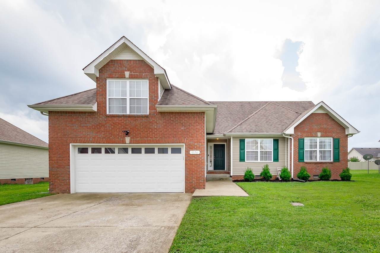 1176 Country Fields Ln - Photo 1