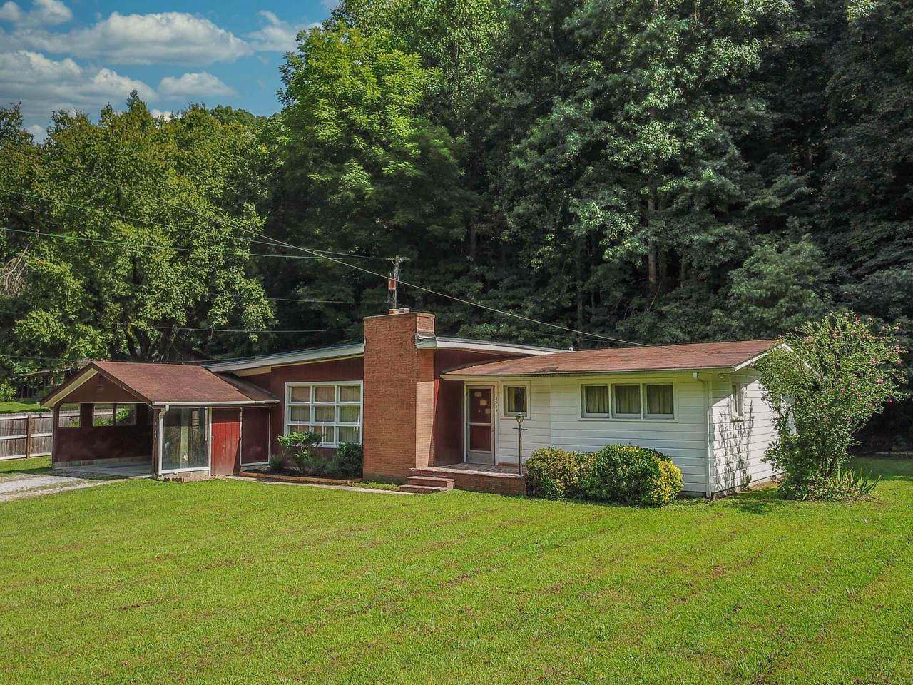 3559 Bear Hollow Rd - Photo 1