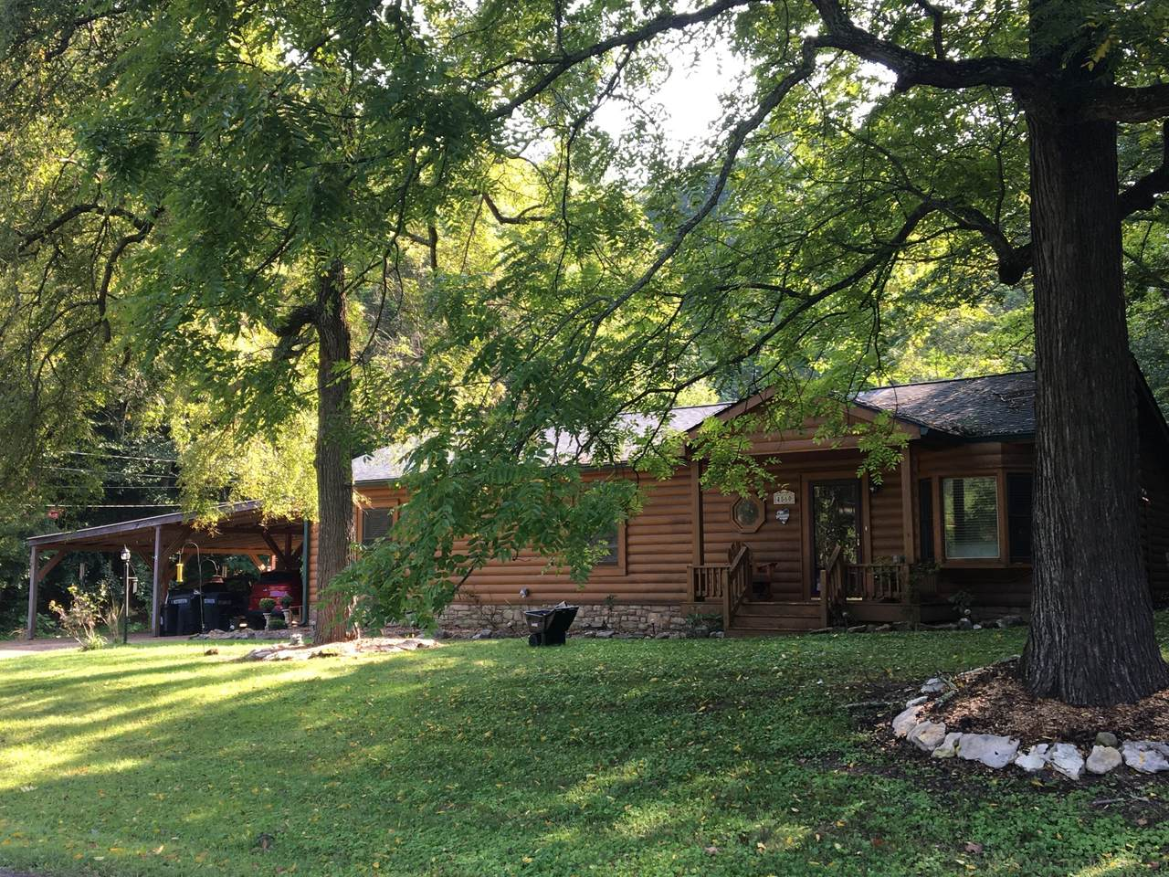 4560 Pond Creek Rd - Photo 1