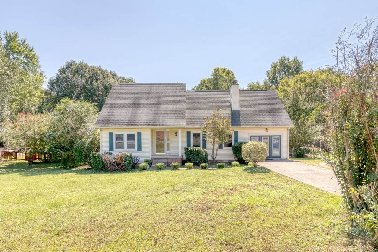 504 Countrywood Dr. - Photo 1