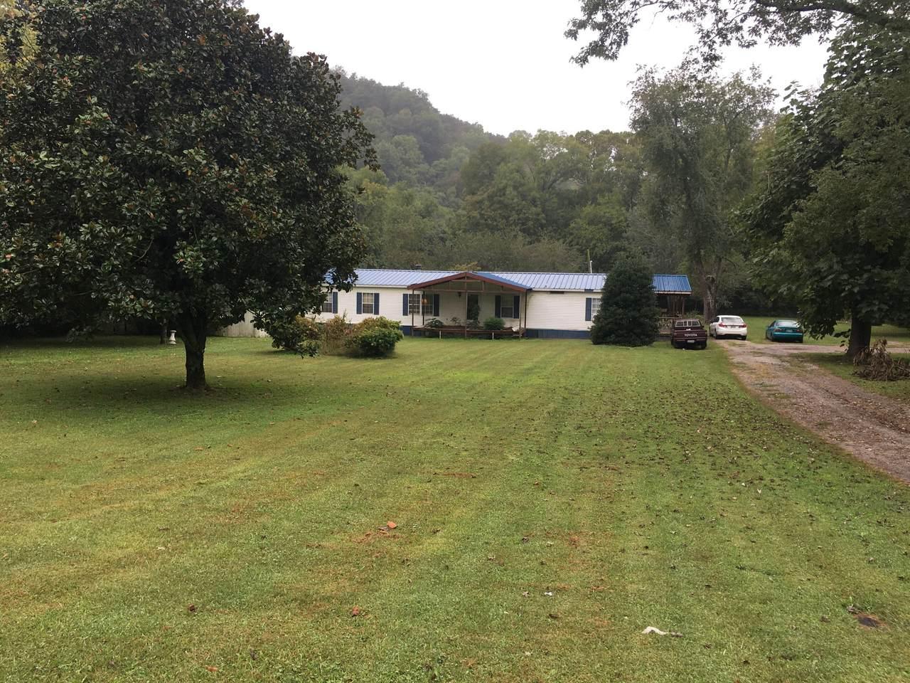 5061 Clarksville Hwy - Photo 1