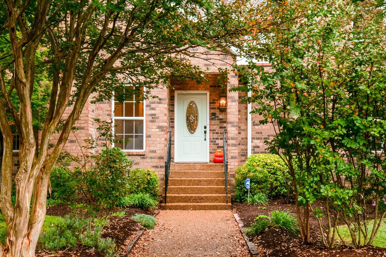 104 The Commons Drive - Photo 1
