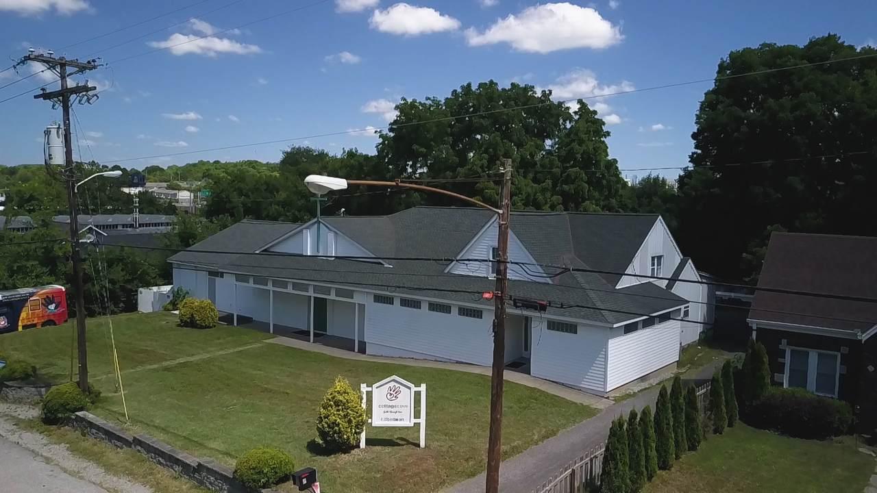 630 Benton Ave - Photo 1