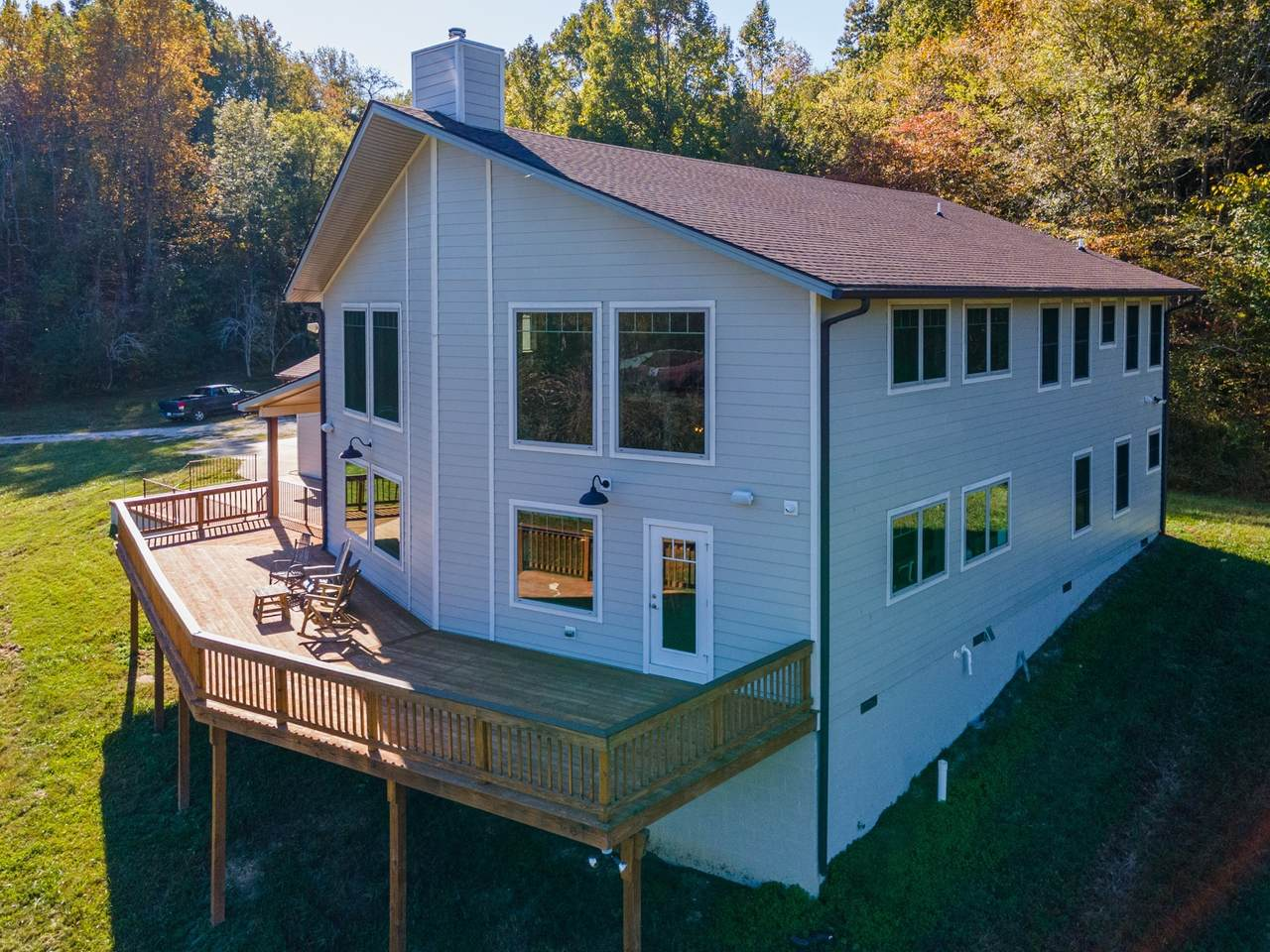 2794 Brown Hollow Rd - Photo 1