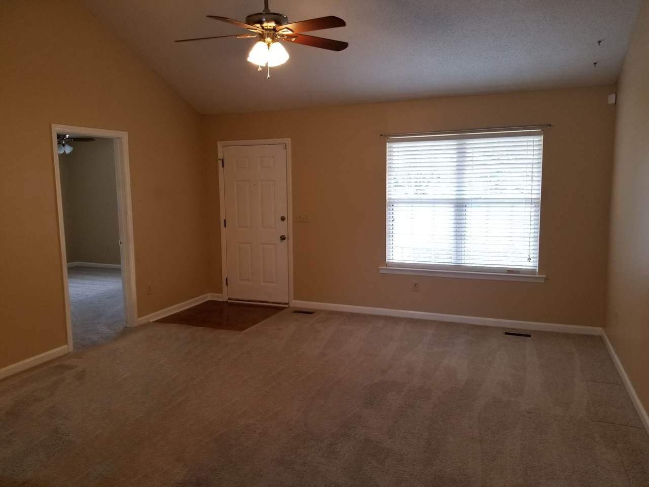 2811 Black Stallion Ct - Photo 1