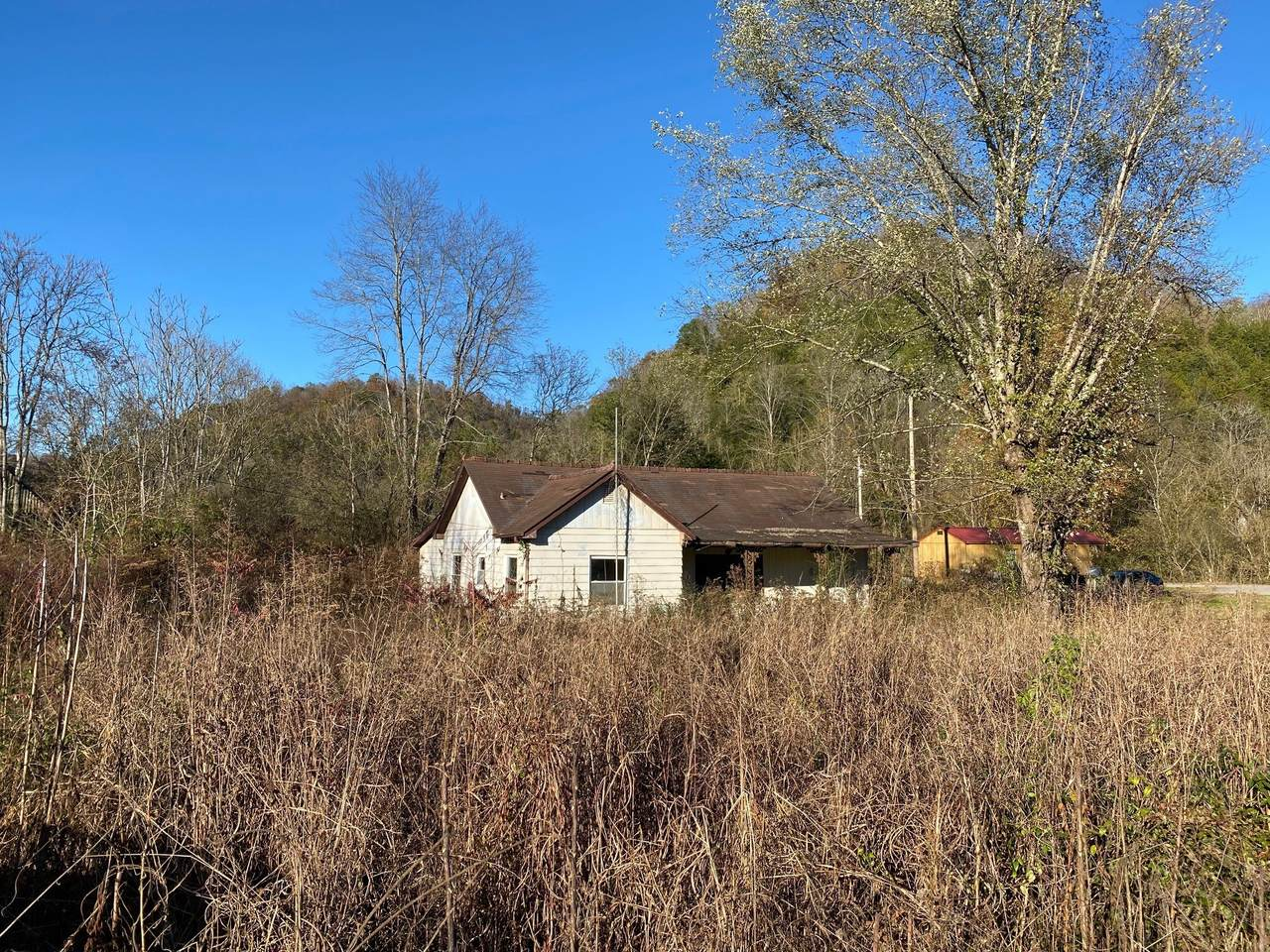 6366 Jennings Creek Hwy - Photo 1