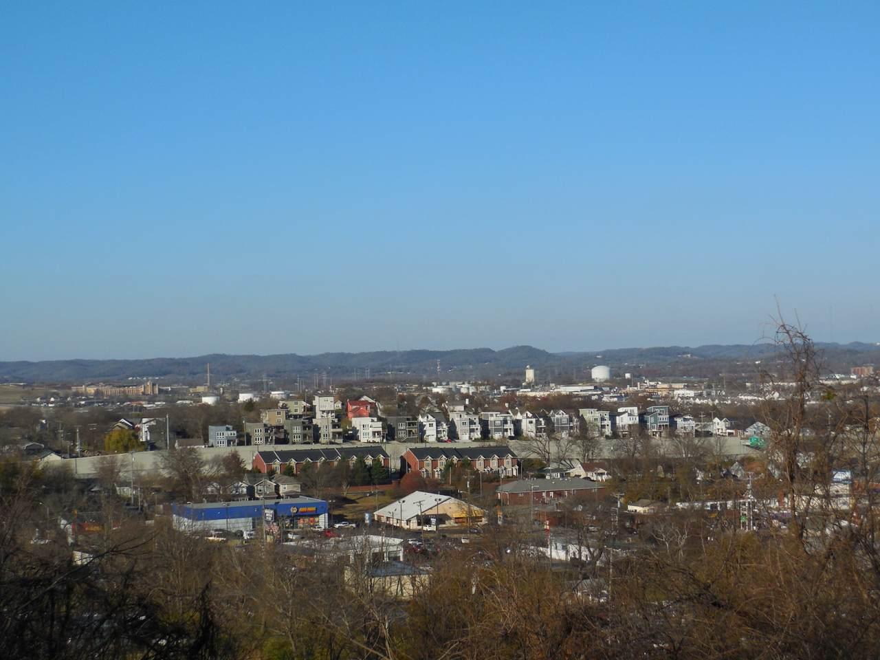 6025 Hill Cir - Photo 1