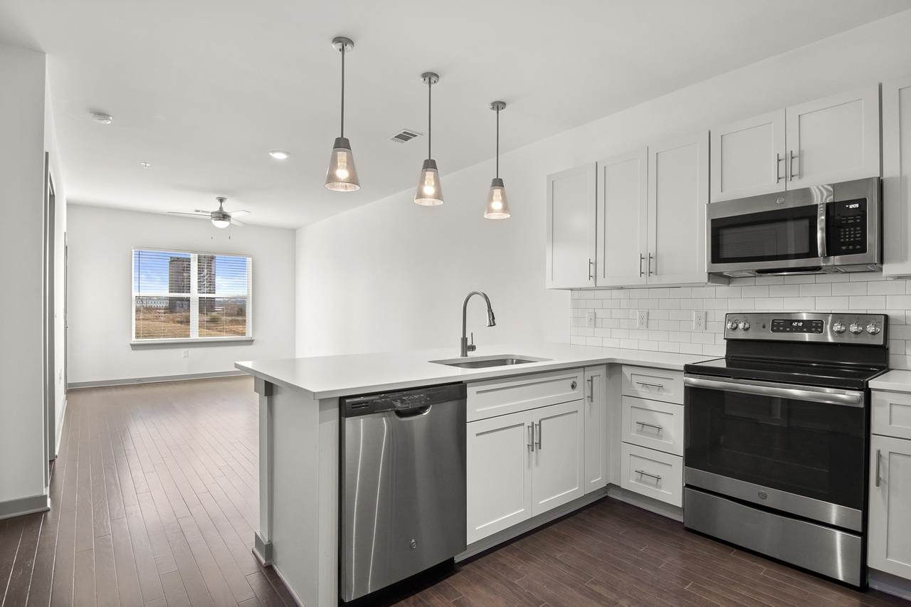 1638 54th Ave - Photo 1