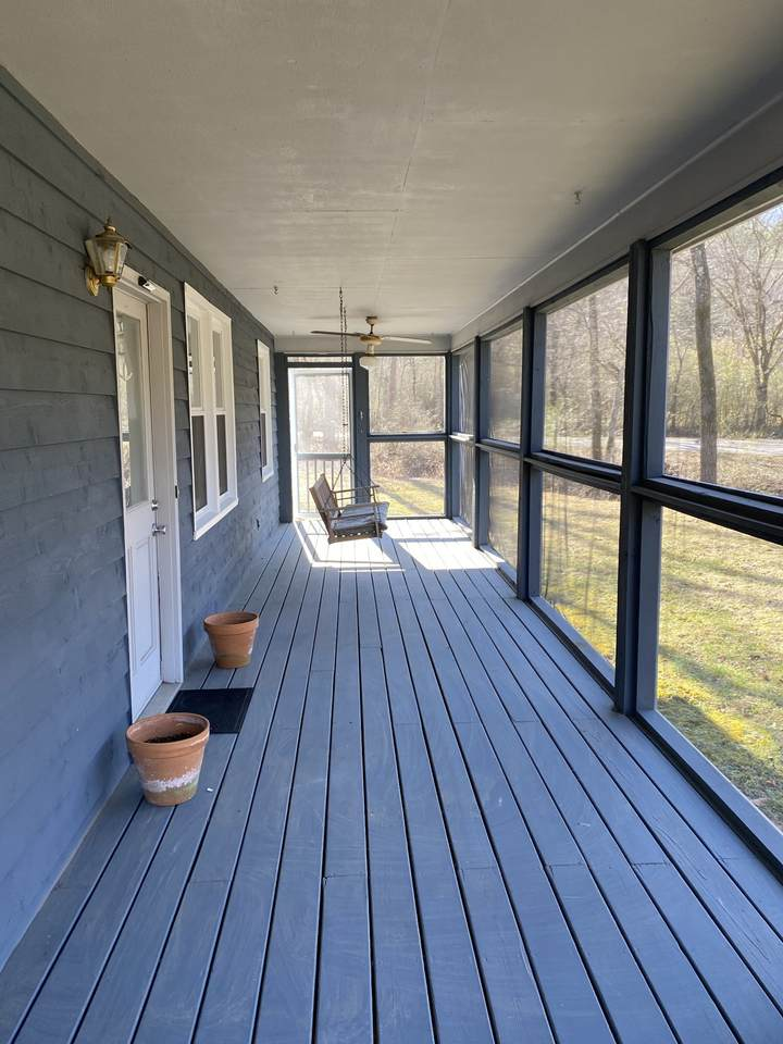 1003 Indian Springs Rd - Photo 1
