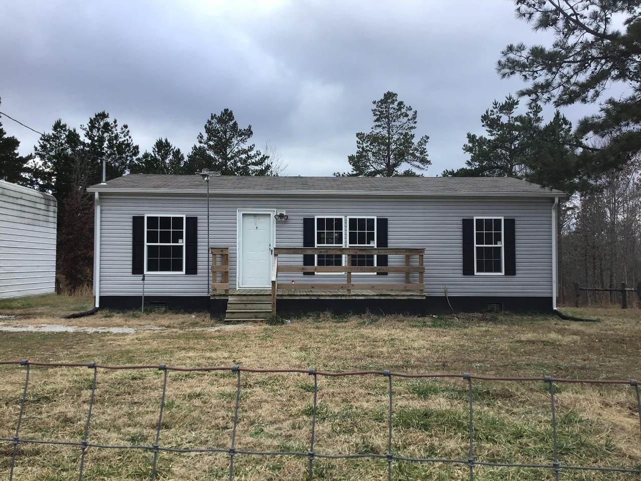225 Happy Hollow Rd - Photo 1