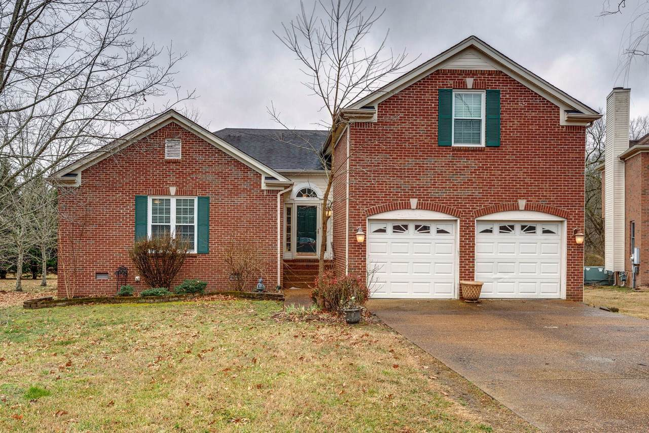 717 Settlers Ct - Photo 1