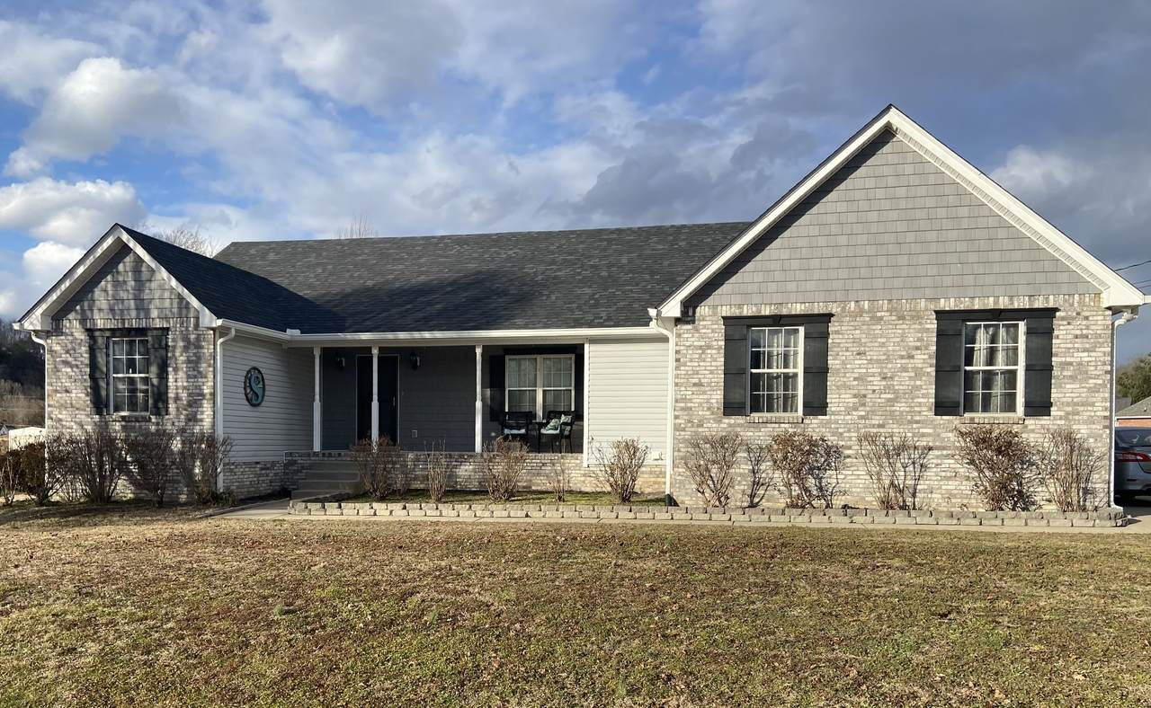 576 Bluff View Dr - Photo 1