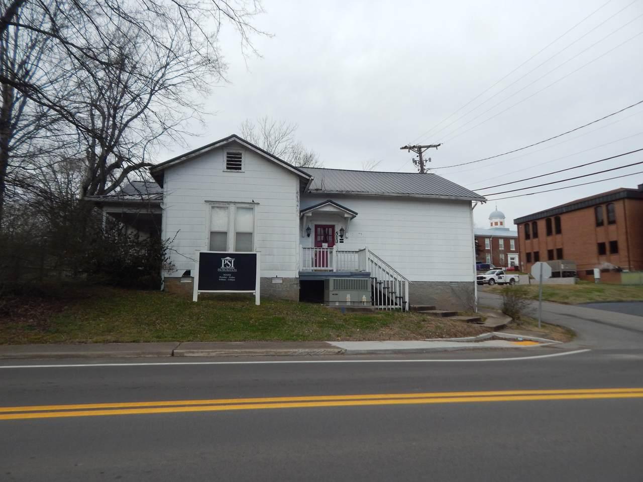 513 Spring Street - Photo 1