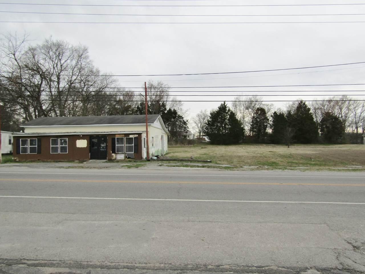 1131 E Commerce St - Photo 1