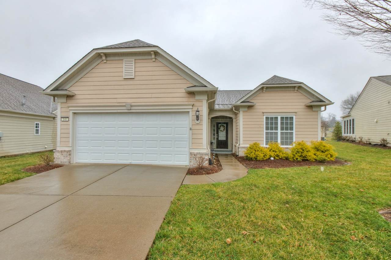 140 Navy Cir - Photo 1
