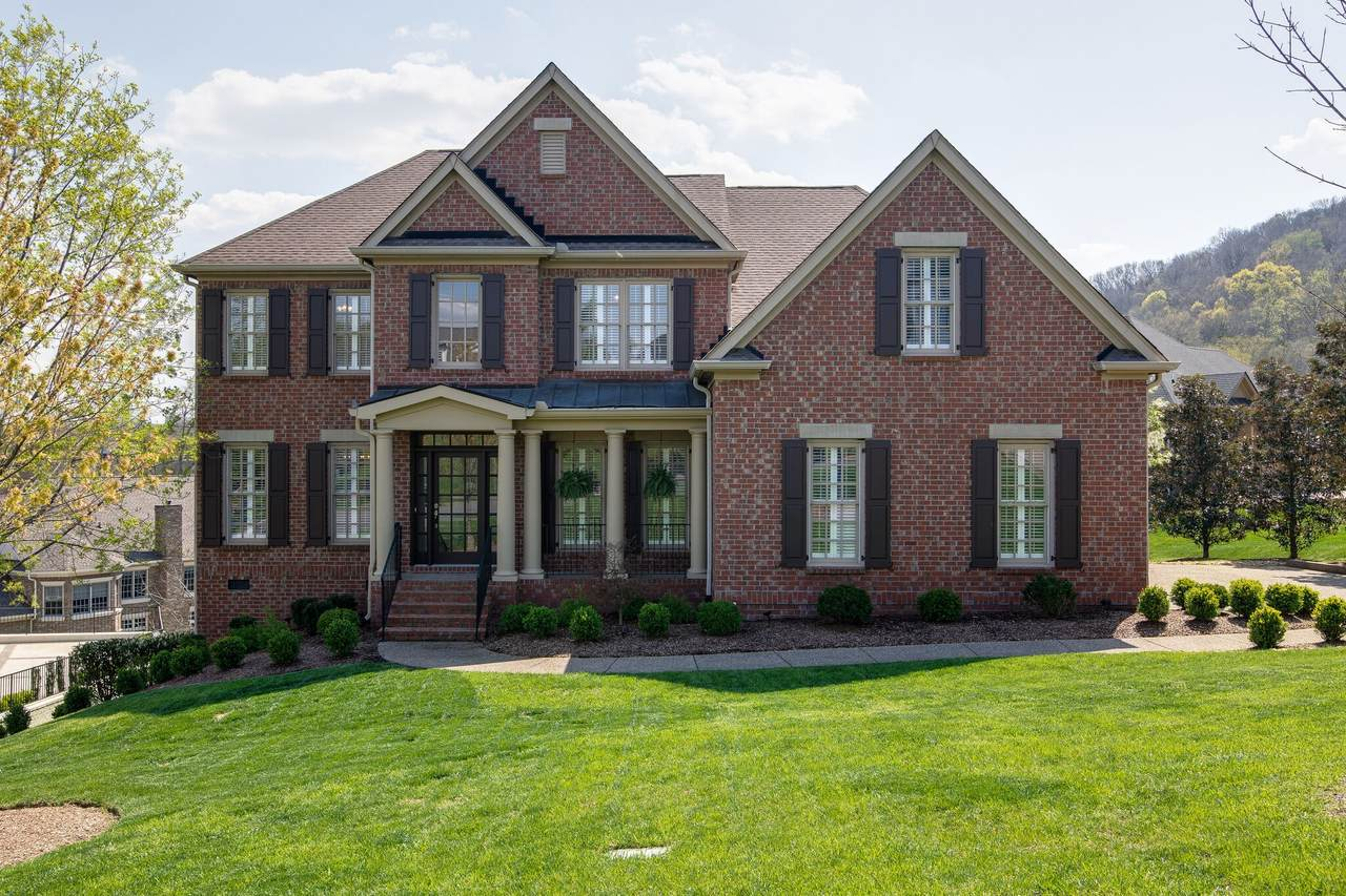 3 Winged Foot Pl - Photo 1