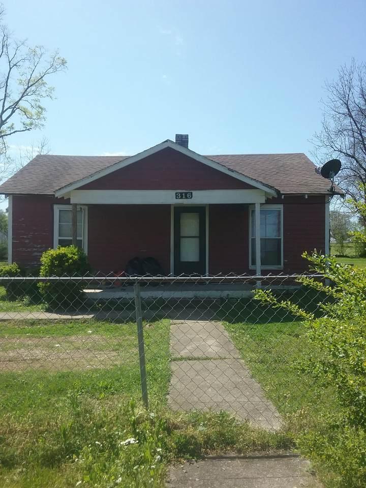 316 Hobbs Ave - Photo 1