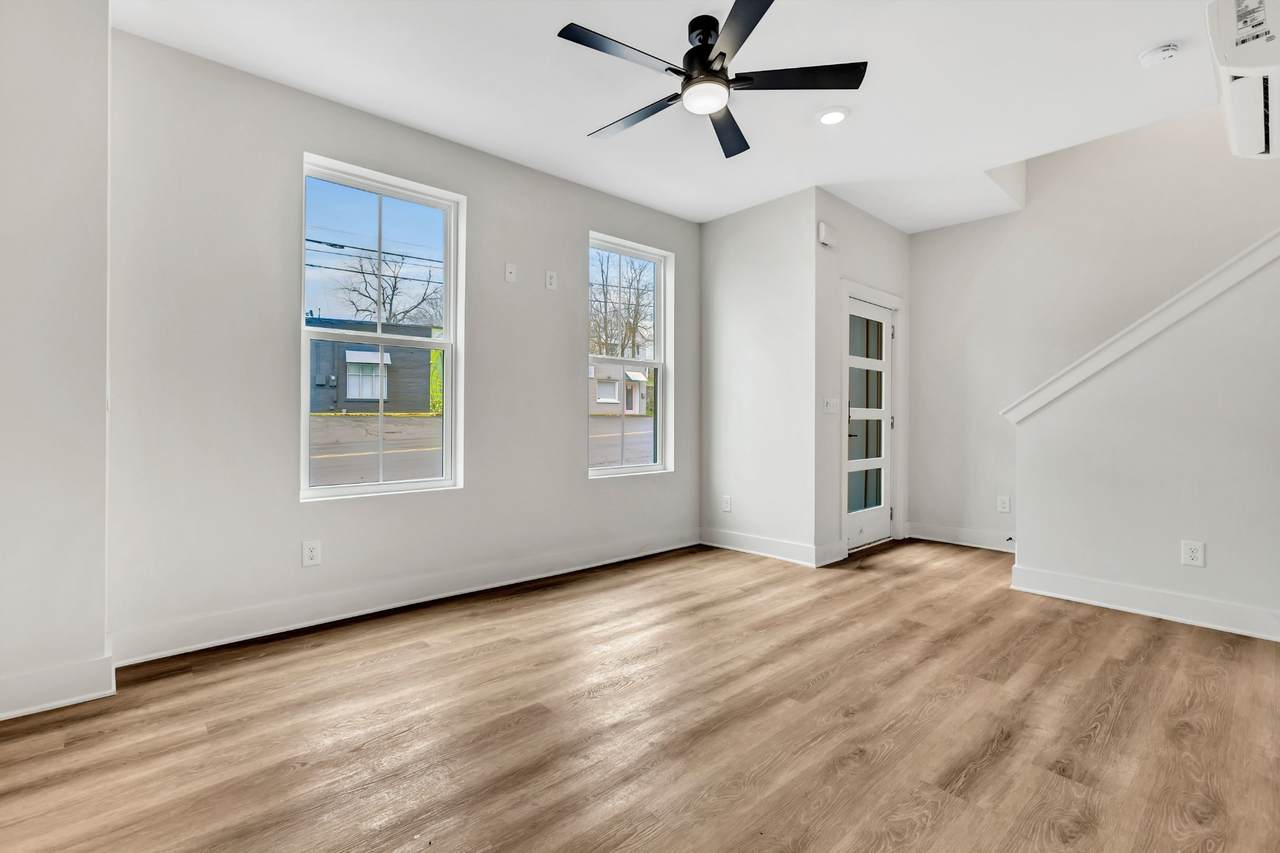 https://bt-photos.global.ssl.fastly.net/nashville/1280_boomver_1_RTC2245626-1.jpg