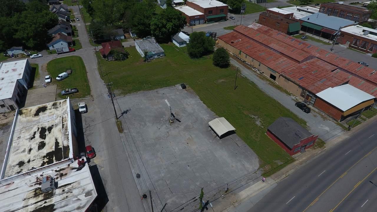 715 Main Ave - Photo 1