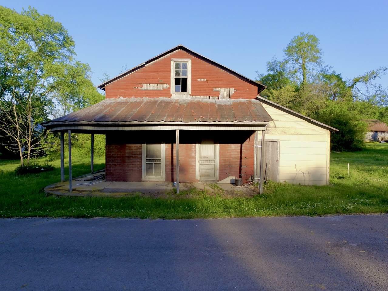 140 Statesville Main St - Photo 1