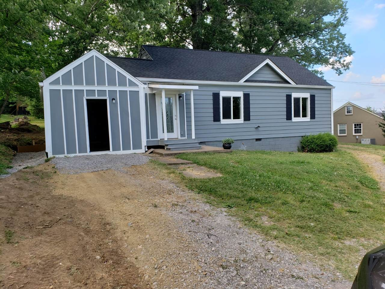 1205 Dickerson Rd - Photo 1