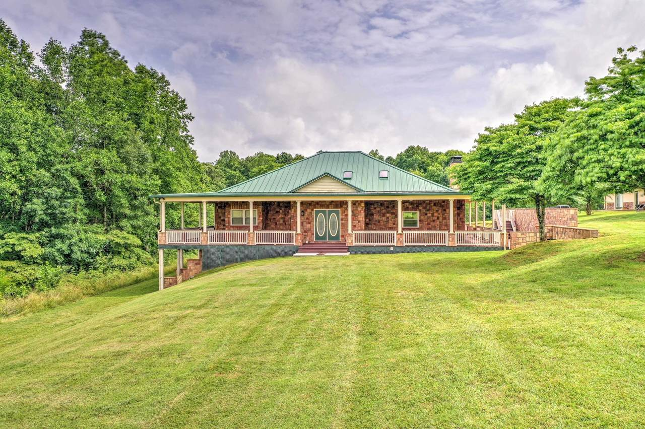 2808 Rose Hill Rd - Photo 1