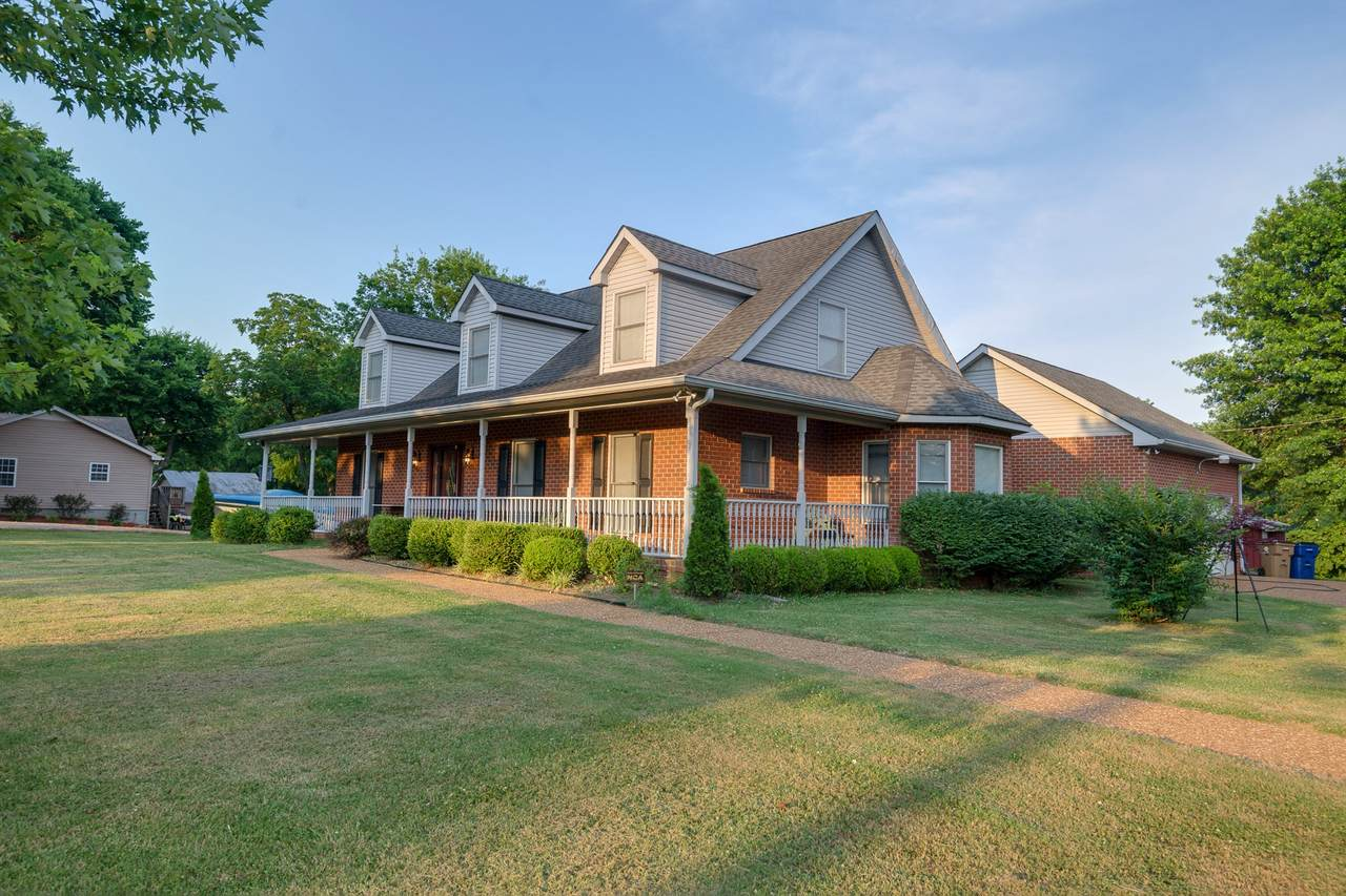 1102 Old Dickerson Pike - Photo 1