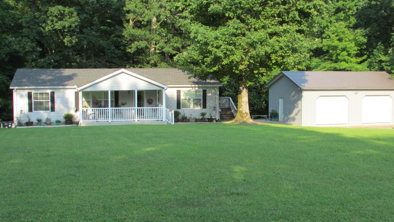 1416 Valley View Rd - Photo 1