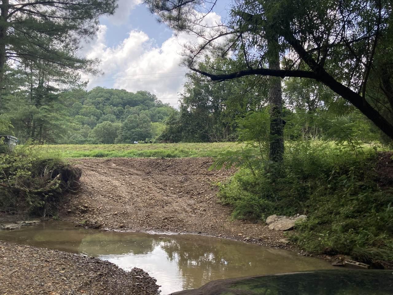 2171 Sams Creek Rd - Photo 1